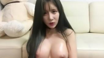 λεσβία βεβιασμένο strapon σεξ γυμνός Έφηβος/η γκομενάκια